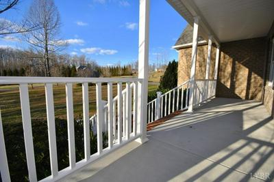 1096 KNIGHTS BRIDGE WAY, Forest, VA 24551 - Photo 2
