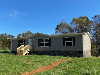 5046 RED HOUSE RD, Appomattox, VA 24522 - Photo 1