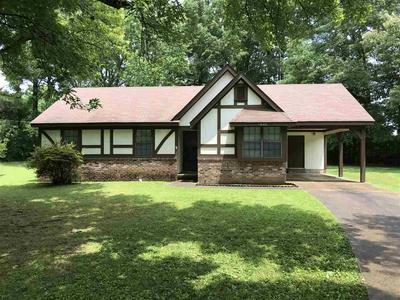 1040 JUDY DR, Bolivar, TN 38008 - Photo 1