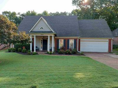 1634 DEXTER WOODS DR, Memphis, TN 38016 - Photo 1