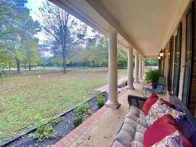160 COUNTRY CLUB CV, Unincorporated, TN 38068 - Photo 2