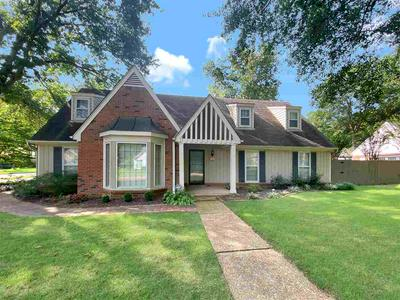 8461 PAGET CT, Germantown, TN 38139 - Photo 1