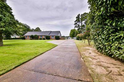 150 HOLLY GROVE RD, Covington, TN 38019 - Photo 2