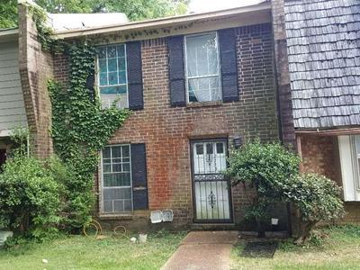 2113 WOODEN HEART CT # 37, Memphis, TN 38116 - Photo 1