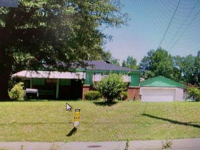 3202 HORN LAKE RD, Memphis, TN 38109 - Photo 1