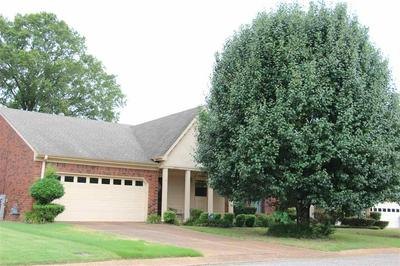 2762 COLONIAL TOWERS DR, Memphis, TN 38016 - Photo 2
