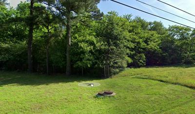 8352 ELLIS RD, Memphis, TN 38133 - Photo 1