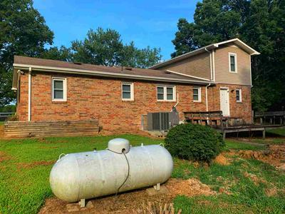 1171 NATURAL BRIDGE RD, Waynesboro, TN 38485 - Photo 2