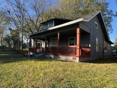 265 AIRWAYS BLVD, Jackson, TN 38301 - Photo 2