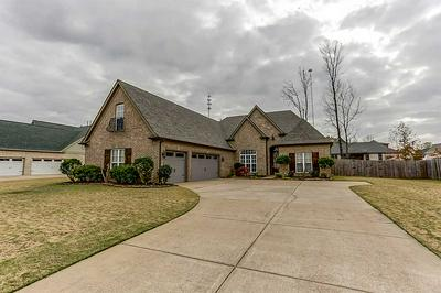 265 RIVERDALE DR, Oakland, TN 38060 - Photo 1