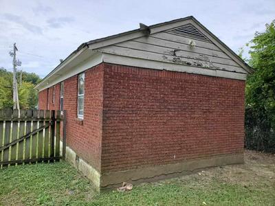 649 GLANKLER ST, Memphis, TN 38112 - Photo 2