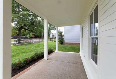 336 WASHINGTON ST, Collierville, TN 38017 - Photo 2