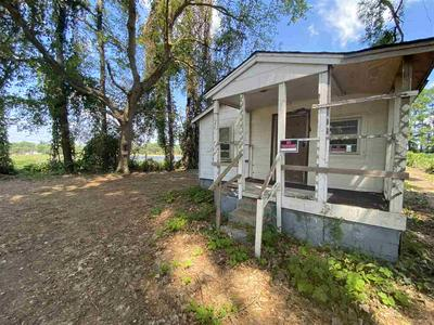 1486 LONGCREST RD, Memphis, TN 38109 - Photo 1