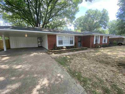 3820 GRACELAND DR, Memphis, TN 38116 - Photo 2