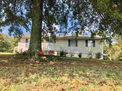 365 WADE DR, Unincorporated, TN 38066 - Photo 2
