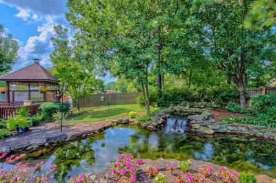 8746 POPLAR PIKE, Germantown, TN 38138 - Photo 2