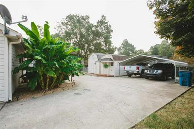 437 LENNANWOOD AVE, Covington, TN 38019 - Photo 2