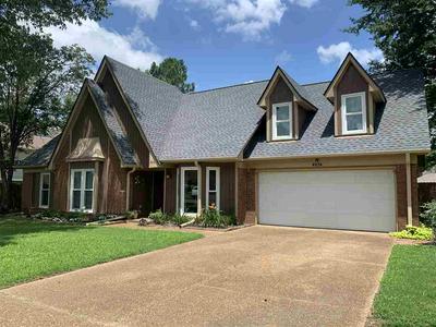 8236 TULIP ROSE DR, Memphis, TN 38125 - Photo 1