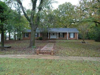 230 W MAIN ST, Savannah, TN 38372 - Photo 1