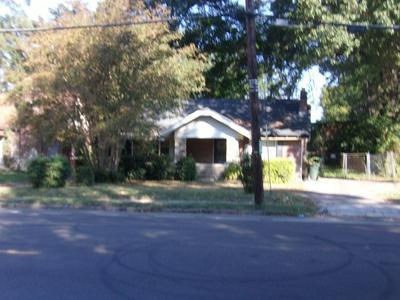 1436 E MCLEMORE AVE, Memphis, TN 38106 - Photo 1