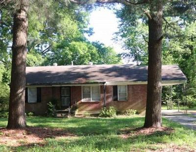 535 JEANNE DR, Memphis, TN 38109 - Photo 1