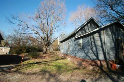111 E RIPLEY AVE, Covington, TN 38019 - Photo 2