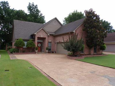 364 FAIRWAY OAKS DR, Hernando, MS 38632 - Photo 2