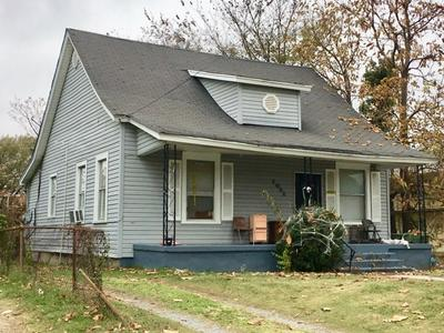 1051 COLLEGE ST, Memphis, TN 38106 - Photo 1