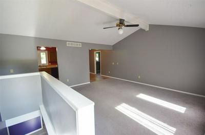 2221 SNOWBIRD DR, Manhattan, KS 66502 - Photo 2