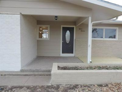 1513 N OLIVE ST, ABILENE, KS 67410 - Photo 2