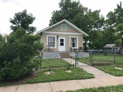 405 GROVE ST, Wakefield, KS 67487 - Photo 1