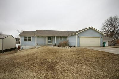 611 DOGWOOD ST, WAKEFIELD, KS 67487 - Photo 1