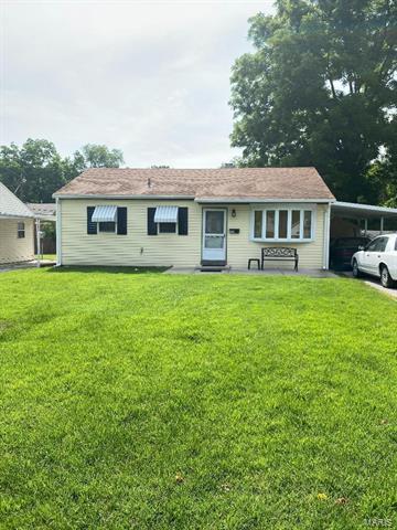 426 N 39TH ST, Belleville, IL 62226 - Photo 1