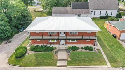 111 E CHERRY ST, Carlinville, IL 62626 - Photo 2