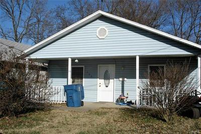 406 JONES ST, BENTON, IL 62812 - Photo 1