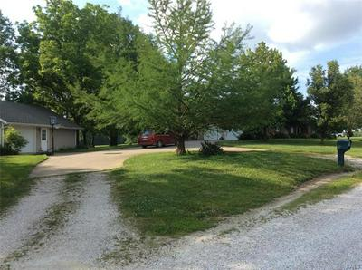 321 HOLMAN HTS, Huntsville, MO 65259 - Photo 1