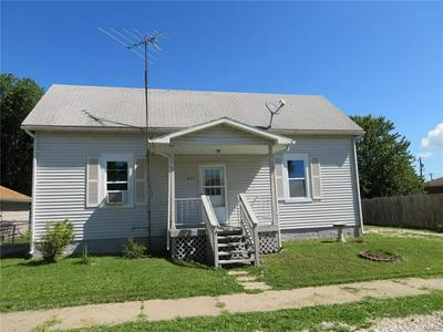 205 W MAIN ST, FIELDON, IL 62031 - Photo 1