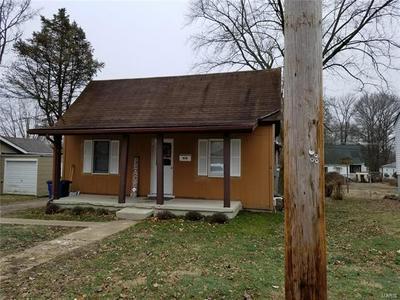 850 E OAK ST, GREENVILLE, IL 62246 - Photo 2