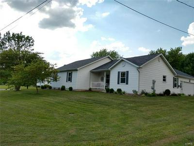 801 E GREEN ST, Steeleville, IL 62288 - Photo 1