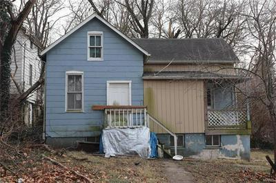 108 W D ST, Belleville, IL 62220 - Photo 1