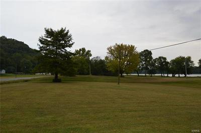 571 N BROADWAY, Kampsville, IL 62053 - Photo 2