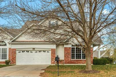 687 STONEBROOK CT, Chesterfield, MO 63005 - Photo 2