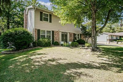 1773 SCHOETTLER VALLEY DR, Chesterfield, MO 63017 - Photo 2
