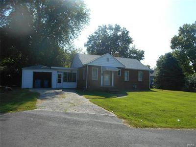 204 CIRCLE CT, Collinsville, IL 62234 - Photo 2