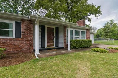 10 BISCAYNE DR, Edwardsville, IL 62025 - Photo 2