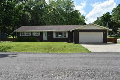 605 SHERBURNE AVE, Troy, IL 62294 - Photo 2