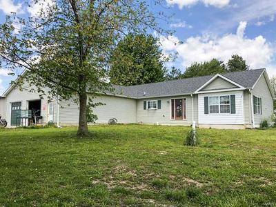 1101 MULBERRY ST, Greenfield, IL 62044 - Photo 1