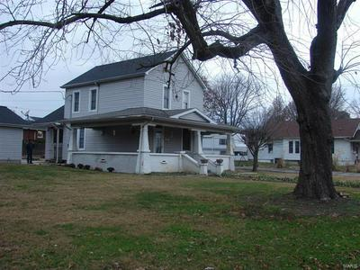 905 N MARKET ST, Sparta, IL 62286 - Photo 2