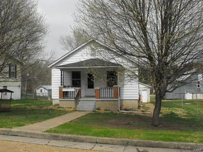 423 E 12TH ST, HERMANN, MO 65041 - Photo 1