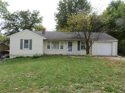 793 OAKWOOD AVE, Rosewood Heights, IL 62024 - Photo 1